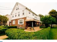 26 Arch St Clifton Heights PA, 19018