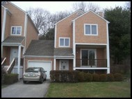 16 Pond View Dr Hope Valley RI, 02832
