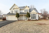 6 Pennsbury Court Bolingbrook IL, 60440