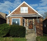 6642 S Rockwell St Chicago IL, 60629