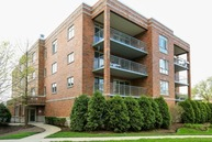 6635 West Norwood Court 204 Harwood Heights IL, 60706