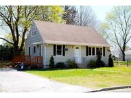 8 Edgewood Ave Waterford CT, 06385
