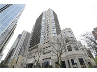 33 West Delaware Place 15a Chicago IL, 60610