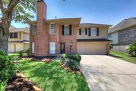 1208 Chesterwood Pearland TX, 77581