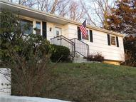 35 Kennedy Dr Colchester CT, 06415