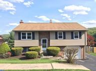 106 Pear St Mohnton PA, 19540