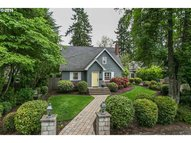 839 E Ave Lake Oswego OR, 97034