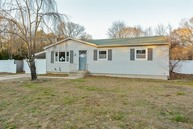27 Denis Lane Middle Island NY, 11953