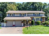 267 Lamplighter Ln Newington CT, 06111