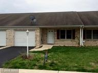613 Palm Beach Dr Hagerstown MD, 21740