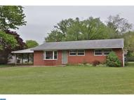2541 N Parkview Dr Norristown PA, 19403
