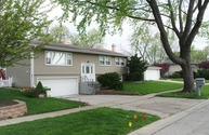 494 Chatham Circle Buffalo Grove IL, 60089