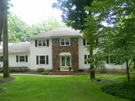 36 Seven Oaks Circle Holmdel NJ, 07733