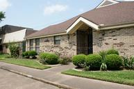 2810 Country Club Dr. Pearland TX, 77581
