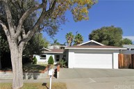 19531 Steinway Street Canyon Country CA, 91351