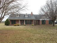 16 Country Club Road Hollandale MS, 38748