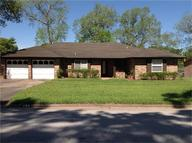 485 E. Lake Dr. Livingston TX, 77351