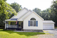 275 Water Forest Dr Dingmans Ferry PA, 18328