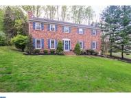 758 Barry Dr Springfield PA, 19064