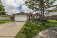1832 Branch Hill Dr Pearland TX, 77581