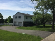 39 Clifford Dr Wayne NJ, 07470