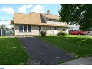 21 Iroquois Rd Levittown PA, 19057