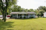 1274 Taylor Town Rd White Bluff TN, 37187