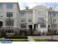 525 Waterview Pl New Hope PA, 18938