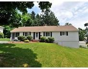 8 Scenic Dr Worcester MA, 01602