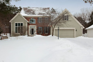 1754 Interlachen Bay Woodbury MN, 55125
