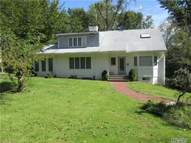 95 Beach Rd Great Neck NY, 11023