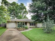 5132 Mimosa Dr Bellaire TX, 77401