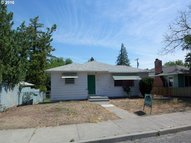 317 W 10th The Dalles OR, 97058