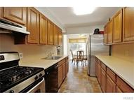 11 Leffingwell Place New Rochelle NY, 10801