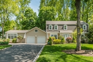 20 Old Forge Ln Berkeley Heights NJ, 07922
