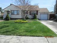 355 Old Country Rd Hicksville NY, 11801