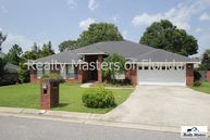 409 Turnberry Rd. Cantonment FL, 32533
