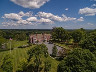 521 Round Hill Road Greenwich CT, 06831