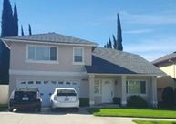 8512 Tujunga Valley St Sunland CA, 91040
