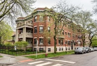 1104 East 46th Street 303 Chicago IL, 60653