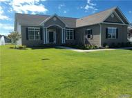 53 Hampton Court Dr Eastport NY, 11941