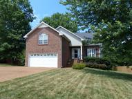 126 Candle Woods Dr Hendersonville TN, 37075