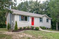 7123 Meadow View Dr Fairview TN, 37062