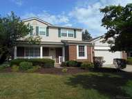 392 S Rolling Green Circle Rochester Hills MI, 48309