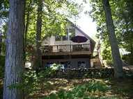 32 Coolridge Av Greenville RI, 02828