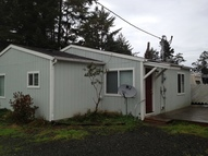 1925 Se 3rd St Lincoln City OR, 97367