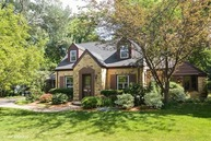 109 East Olive Avenue Prospect Heights IL, 60070