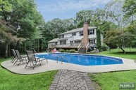 88 Ridge Rd West Milford NJ, 07480