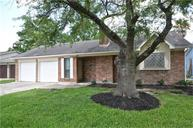 116 White Cedar Houston TX, 77015