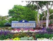 629 White Cliff Dr Plymouth MA, 02360